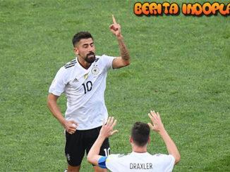 Agen Bola Online - Jerman Lolos ke Semifinal Confederation Cup. Timnas Jerman melangkah dengan mulus setelah berhasil mengalahkan Kamerun dengan skor 3-1 pada laga terakhir Grup B Confederation Cup di Olimpiyskiy Stadion di Sochi, Minggu (25/06/2017).