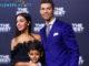 Agen Bola Online - Cristiano Ronaldo Ingin Punya Tujuh Anak. Nampaknya memiliki tiga orang anak masih belum cukup untuk seorang pemain bintang Real Madrid. Ronaldo membeberkan keinginan nya untuk memiliki tujuh orang anak.
