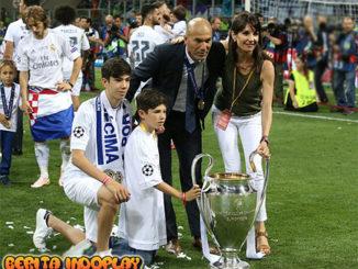 Agen Judi Bola-Zidane Jadi Kunci Kesuksesan Real Madrid. Salah satu gelandang Real Madrid, Luka Modric memberikan pujian kepada pelatihnya, Zidedine Zidane. Modric menilai keberhasilan meraih 2 kali kemenangan musim lalu berkat kejeniusan sang pelatih Zidane.