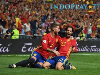 Agen Bola Online - Cuplikan Gol Spanyol 3 - 0 Italia. Timnas Spanyol berhasil menang telak atas Italia pada pertandingan kualifikasi Piala Dunia 2018 yang berlangsung di Santiago Berbnebeu Minggu (03/09) dini hari.