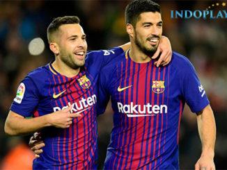 Agen Bola Online- Cuplikan Gol Barcelona 4 - 0 Deportivo La Coruna.Barcelona menang telak 4-0 saat menghadapi Deportivo La Coruna dalam laga ke-16 La Liga Spanyol yang berlangsung di Stadion Camp Nou pada Senin (18/12) dini hari. Luis Suarez dan Paulinho masing-masing menyumbang dua gol untuk kemenangan Barcelona.