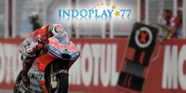 MotoGP: Rossi Mengaku Akan Tetap Mendukung Lorenzo