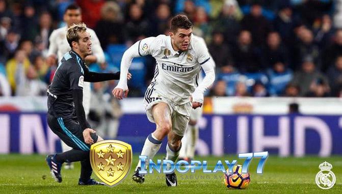 United Melihat Peluang Dengan Kemunduran Zinedine Zidane